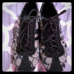 Coach Signature C Tennis Shoes EUC